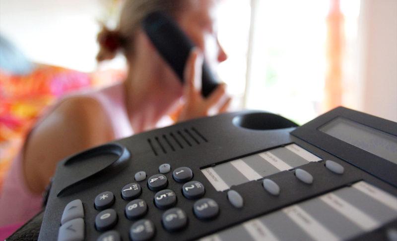 Звонки коллекторов: какие права есть у заёмщиков? Отвечает региональное управление Центробанка