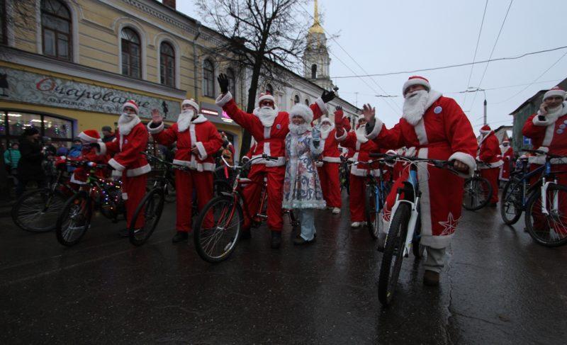 В Рыбинске собирают команду новогодних героев на велосипедах. И на самокатах тоже