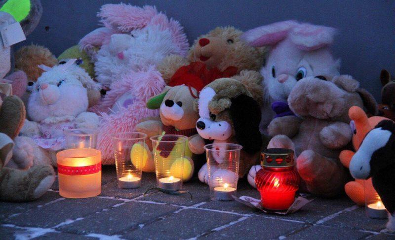 В Рыбинске прошли акции в память о погибших при пожаре в кемеровском торговом центре