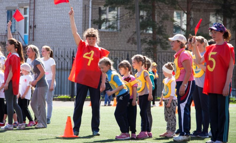 На старт всей семьёй: в Рыбинске прошла спартакиада дошкольников