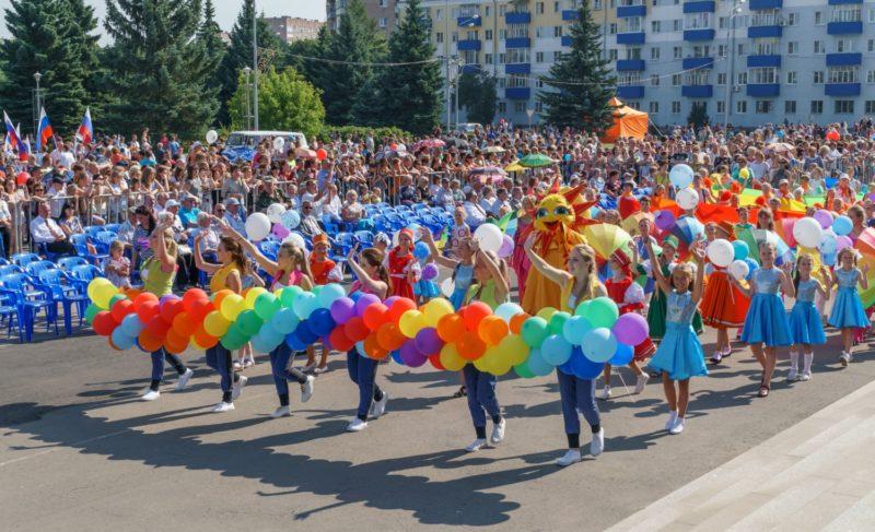 Как Рыбинск отмечает День города. Фоторепортаж Александра Коллякова