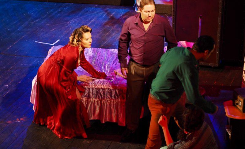 """Ответный визит: тверской театр представил «Трамвай """"Желание""""» на рыбинской сцене"""