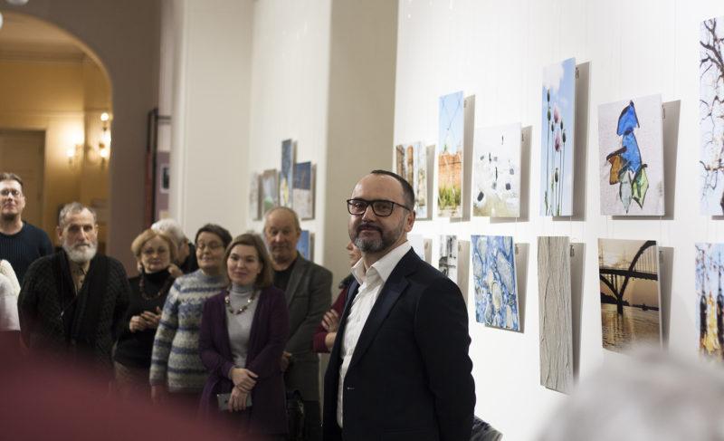 «Калейдоскоп» сюжетов: в музее открылась выставка Алексея Фокина. Фоторепортаж