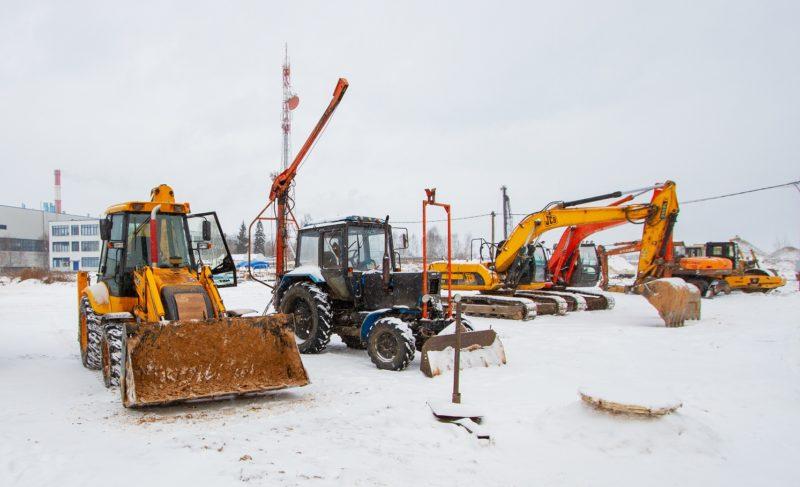 Строительство гипермаркета на Фурманова: инвестор работает с местными подрядчиками
