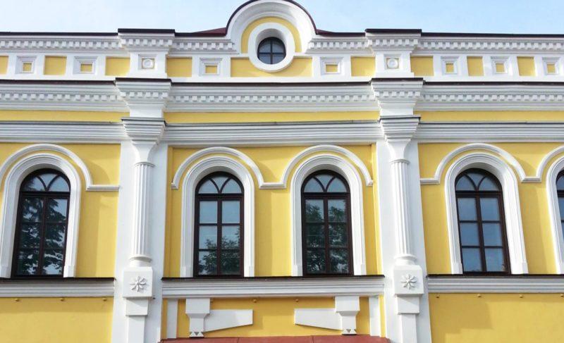 «Не жалею ни потраченных денег, ни времени»: Евгений Акентьев о реконструкции Красного гостиного двора