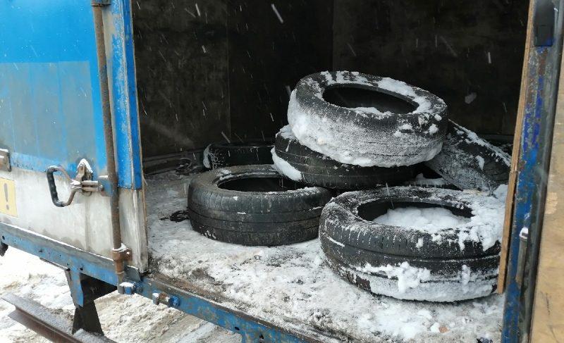 В Рыбинске появился пункт приёма старых шин. Пока покрышки принимают бесплатно