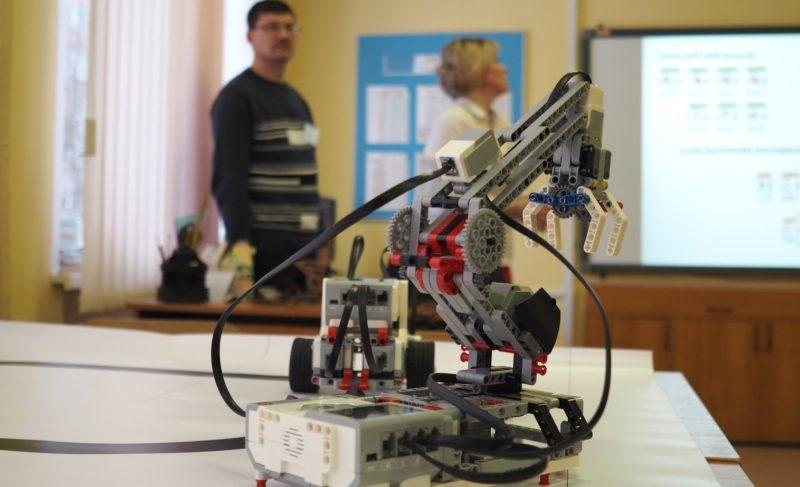 Роботы, конструкторы, коптеры: что такое STEАM-образования и зачем оно нужно