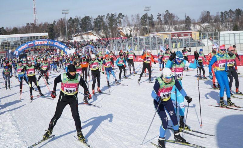 В Дёмино стартовал международный лыжный марафон. Фото
