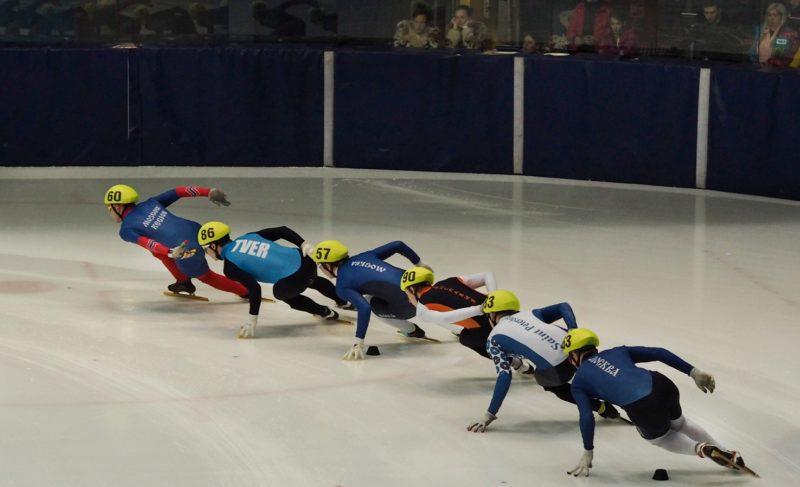 «Болеем за наших!» В Рыбинске прошёл чемпионат России по шорт-треку