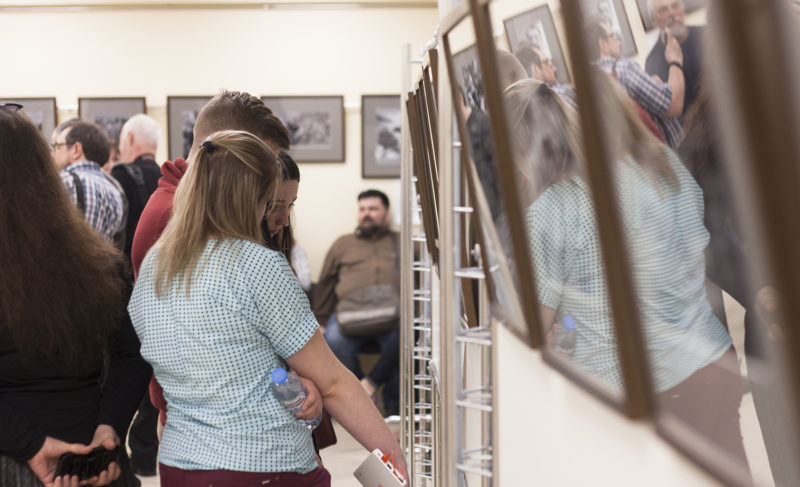«Былое и думы»: в «Кристе» открылась выставка фотожурналиста из столицы Георгия Розова