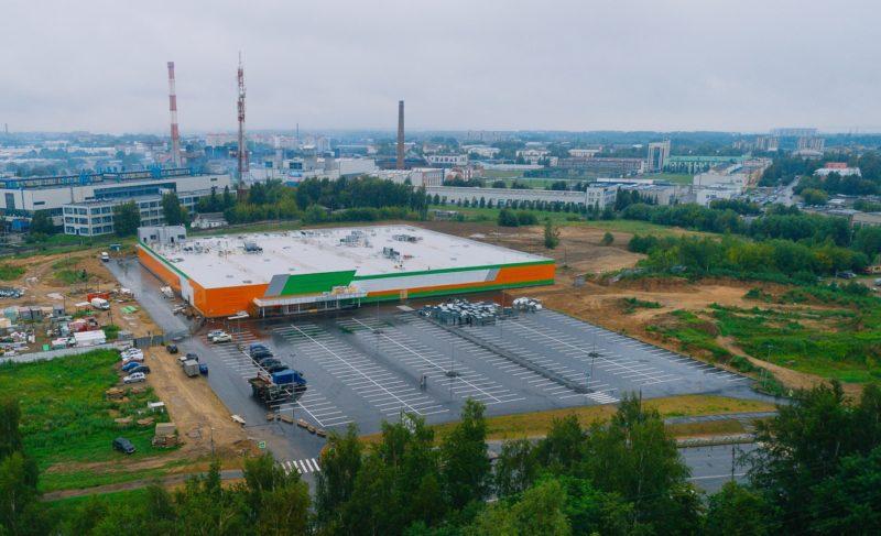 Гипермаркет на Фурманова: строительство завершается, «Макси» набирает команду