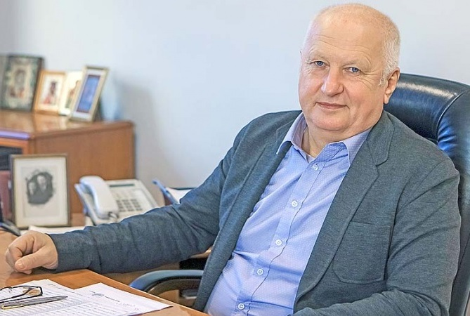Директора завода «Дорожных машин» подозревают в мошенничестве