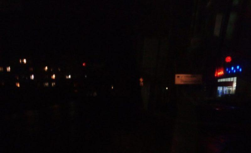 Уличное освещение в Рыбинске (точнее — его отсутствие) в двух фотографиях