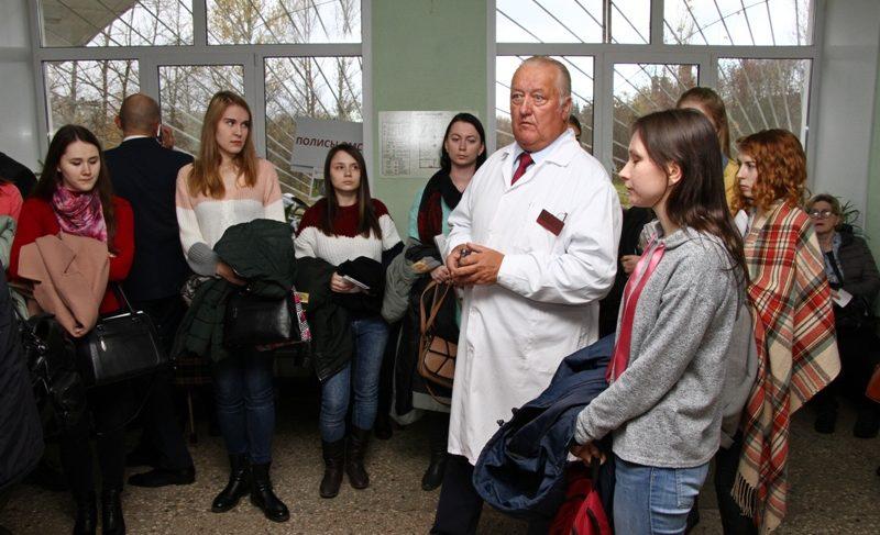 Студенты медуниверситета посетили больницы Рыбинска. Что пообещали будущим врачам
