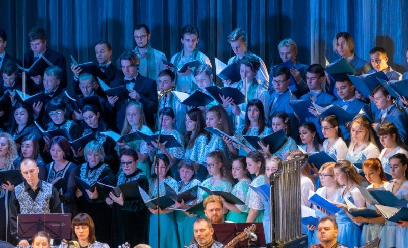 Репетиция — закулисье — выступления: «Соколята» выступили на фестивале «Хоровое братство» в Череповце. Фоторепортаж