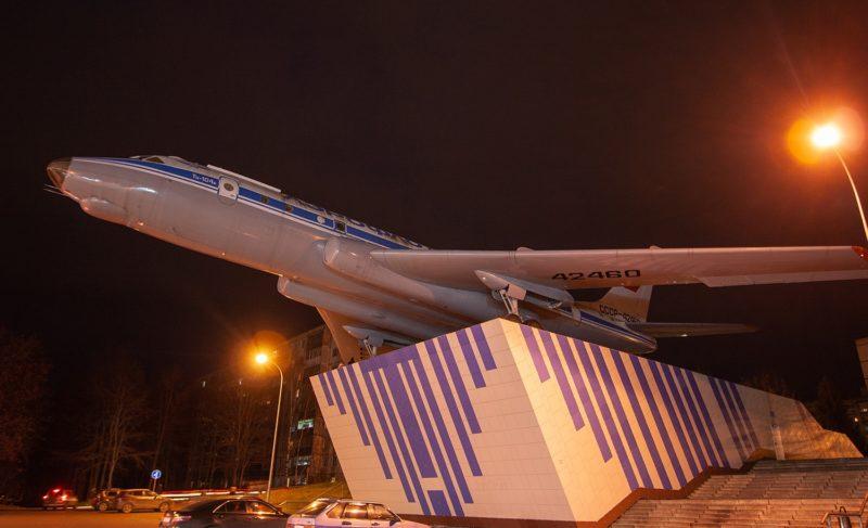Погасли огни. Как изменилось состояние самолёта Ту-104А на Скомороховой горе — в трёх картинках
