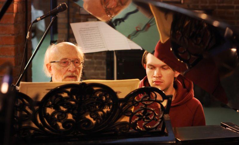 В планах — живые экскурсии и концерты: в Рыбинске открылся музей фортепиано. Фото и видео
