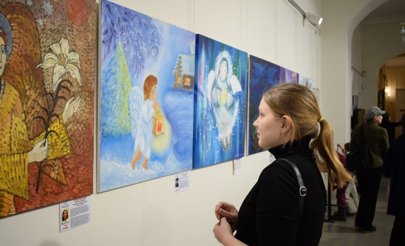 В музее-заповеднике представили арт-проект «Ангелы мира». Фоторепортаж