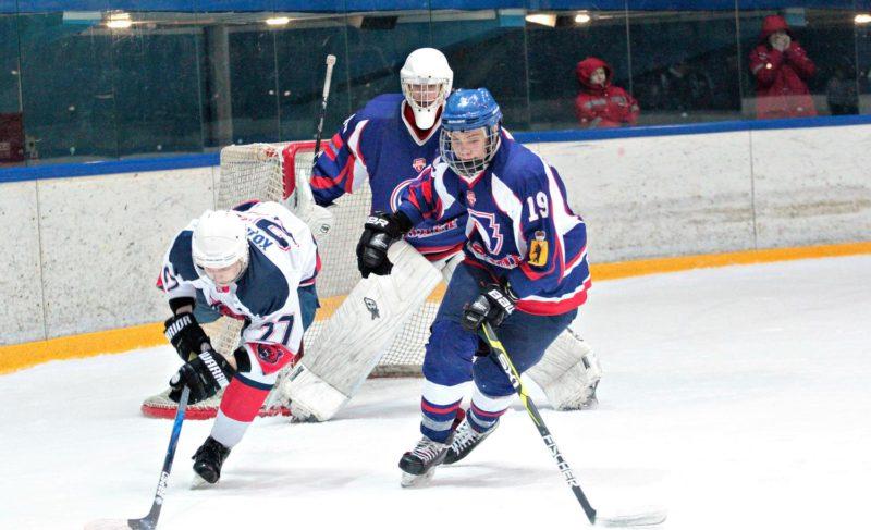 Под занавес хоккейного сезона. Обзор игр «Полёта» на домашнем льду. С фотографиями