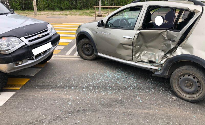 Самые аварийные участки вРыбинске ипричины происшествий: ДТП вцифрах