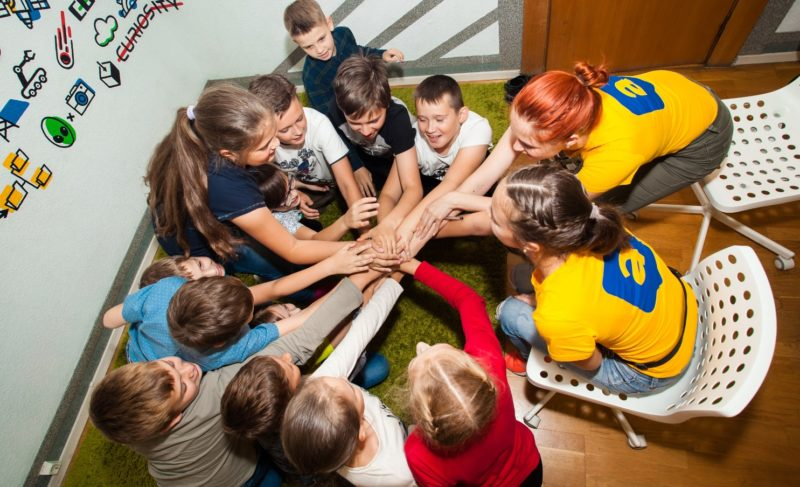 Чему научат ребёнка в «Алгоритмике»? И как заинтересовать детей математикой? Разбор