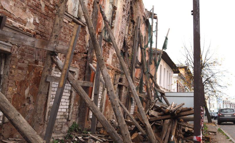 Руины в центре Рыбинска. Фоторепортаж из дома купца Журавлёва