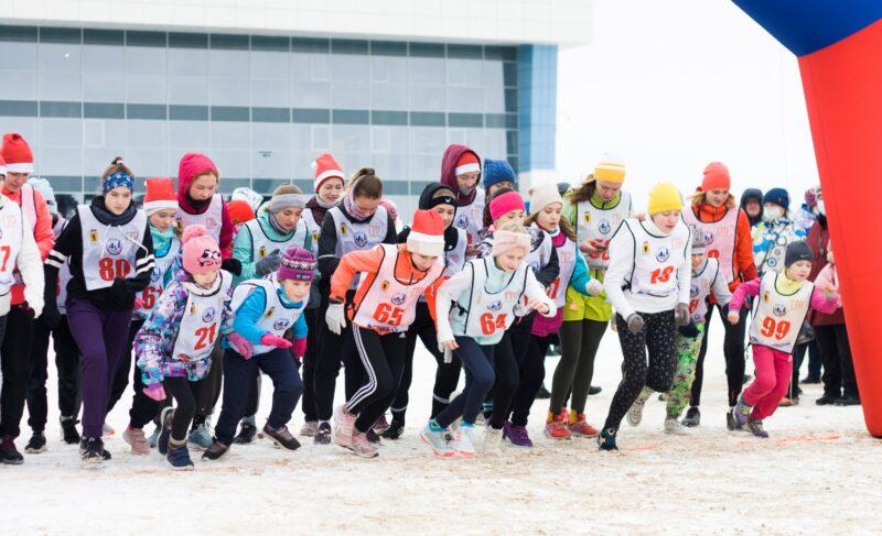 Деды морозы, на старт! Позитивный фоторепортаж со спортивной части НаШествия-2020