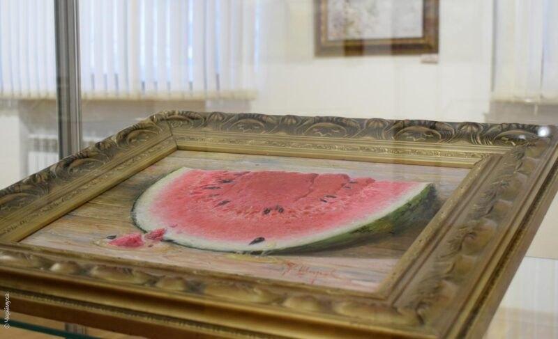 ВРыбинске открылась передвижная выставка картин. Среди сюжетов есть Крестовая