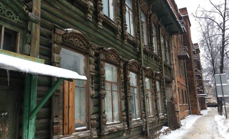 Историческое здание на Большой Казанской гибнет из-за формальностей