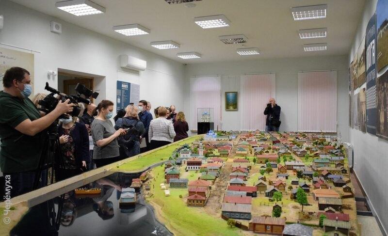 Молога в миниатюре: в Рыбинске презентовали макет затопленного города. Фоторепортаж
