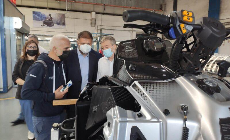 «Русскую механику» посетили представители известного дизайн-бюро изИталии. Говорили опроизводстве электроснегоходов