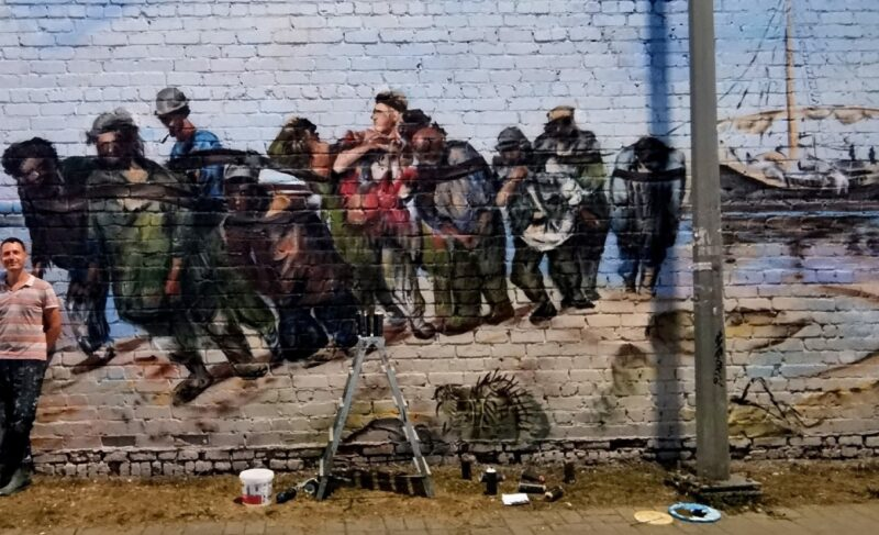 «Это не граффити, а художественная роспись». Григорий Сидяков рассказал о любимой работе и о том, чьё изображение появится в Рыбинске