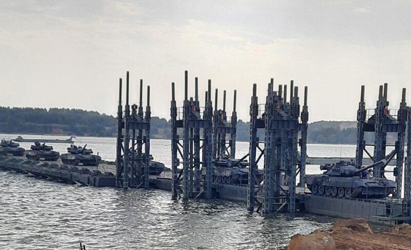 500человек, 100 единиц спецтехники, строительство моста: под Рыбинском прошли военные учения